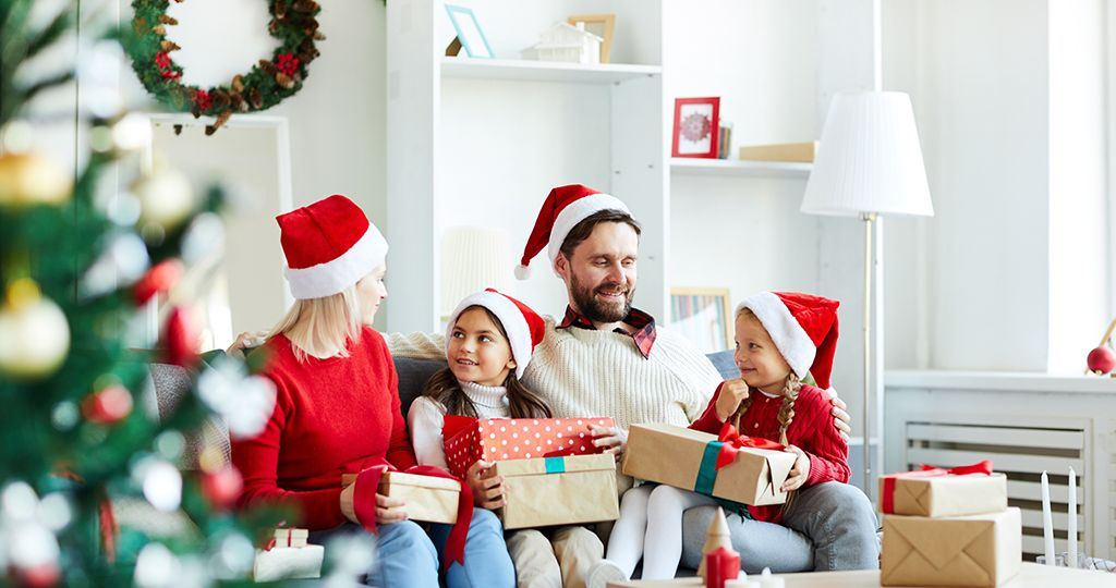 Family with xmas presents